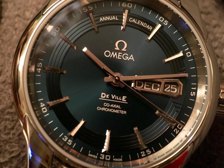 Omega DeVille Hour Vision Orbis Annual Calendar 431.33.41.22.03.001 © 2017 Adam Brown