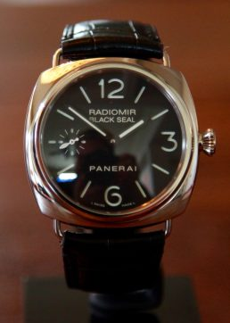 Panerai Radiomir 183 PAM 183 © 2017 Adam Brown