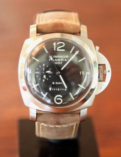 Panerai Luminor 233 © 2017 Adam Brown